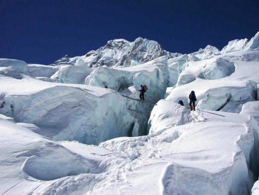 cascada-de-hielo-del-glaciar-khumbu