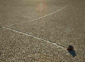 Piedras-caminantes-Racetrack-Playa-Valle-de-la-Muerte