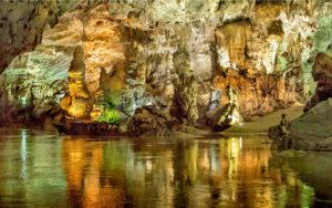 Cueva-de-Son-Doong-en-Vietnam
